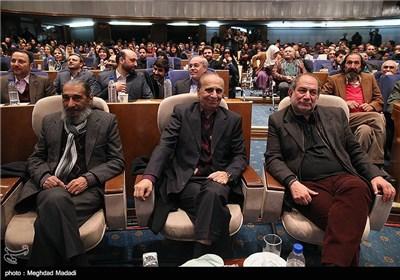 آتیلا پسیانی، سعید امیرسلیمانی و انوشیروان ارجمند در اختتامیه سومین دوره جشنواره جام جم