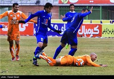 دیدار تیم های فوتبال مس کرمان و نفت آبادان-کرمان