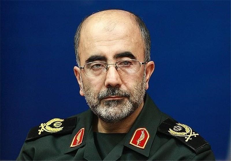 امروز فرهنگ انقلابی جمهوری اسلامی ایران مورد تهاجم دشمن است