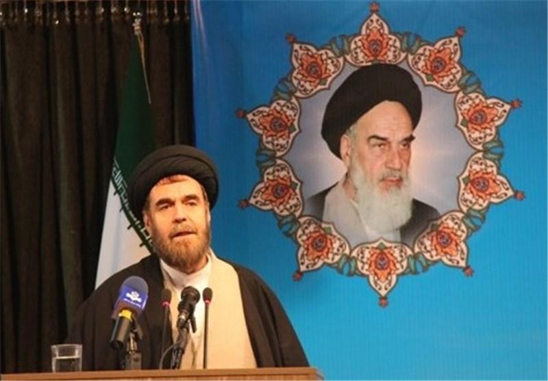 حجت الاسلام حسنی 70 سال مسلح زندگی کرده است