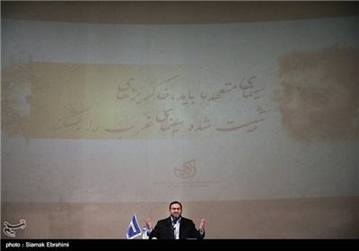 سخنرانی حمید رضا مقدم فر معاون فرهنگی سپاه در دومین گردهمایی هنرجویان و سینماگران