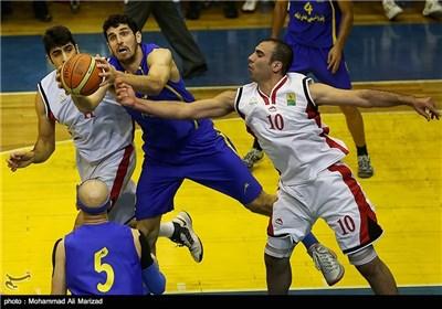 دیدار تیم های بسکتبال پتروشیمی بندرامام و نیروی زمینی