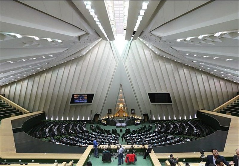 Parliament Commission Approves Boosting Iran's Defense Budget