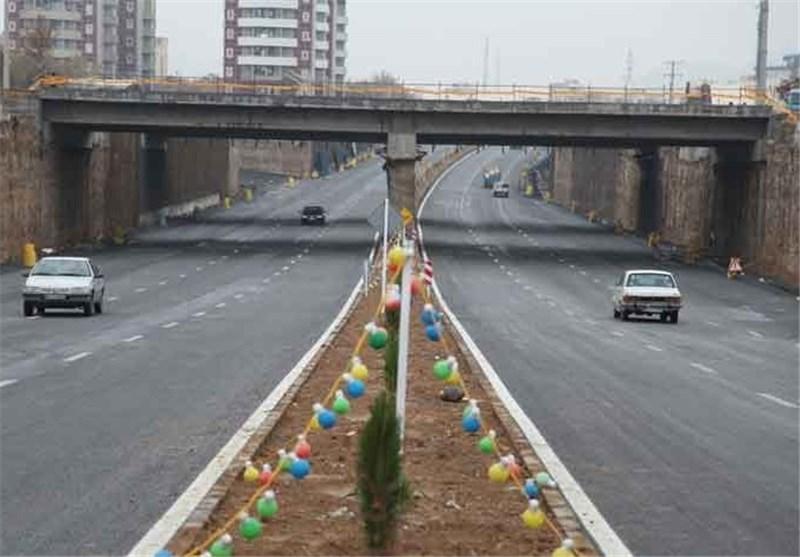جمعی از مهندسین استان قم از پروژههای شهری بازدید کردند