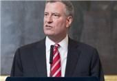 نیویورک در خاموشی، شهردار مشغول تبلیغات ریاست جمهوری