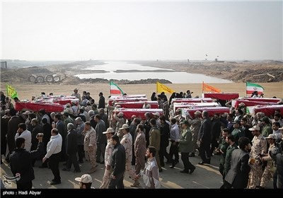 Iran, Iraq Exchange Bodies of Soldiers Killed in War