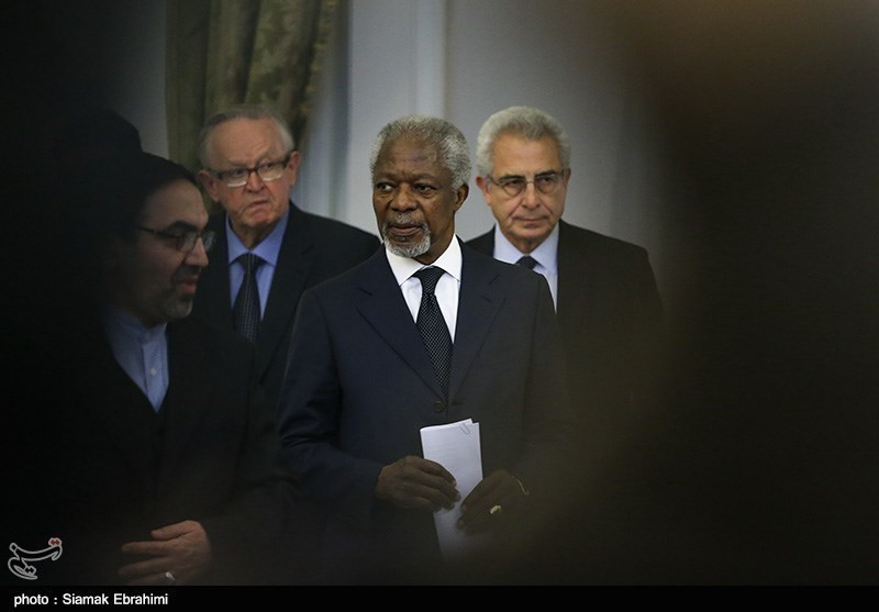 Photos: Annan Holds News Conference at Iran's Foreign Ministry