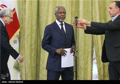 Former UN Chief Annan Holds News Conference at Iran's Foreign Ministry