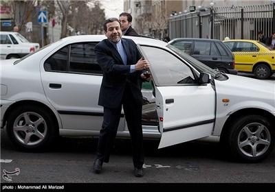 ورود عراقچی معاون وزیر امور خارجه به جلسه نمایندگان اتاق بازرگانی تهران