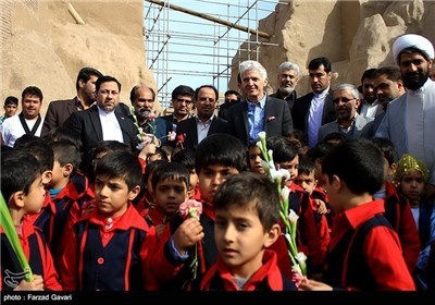 Italian Culture Minister Visits Iran's Southeastern Province
