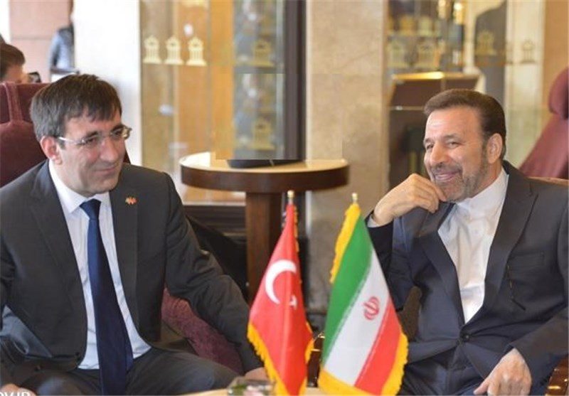 Iranian, Turkish Ministers Confer on Mutual Cooperation