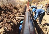 وزیر نیرو بزرگترین طرح انتقال آب را در اصفهان کلنگزنی میکند
