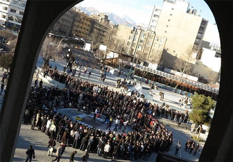احمدی راه نجات یا ادامه راه نوشیر در تئاتر خیابانی؟