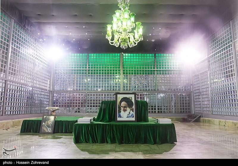 مراسم یومالله دوازدهم بهمن در حرم امام خمینی (ره)