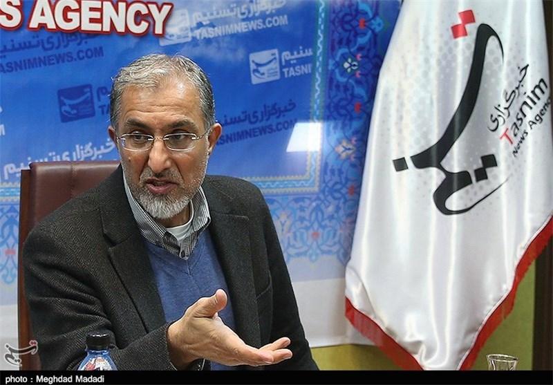 افشاگری راغفر از خیانت لیبرالها به اقتصاد ایران/اگر امروز دلار 8000تومان شود مردم از ذوق به همین دولت رای میدهند!