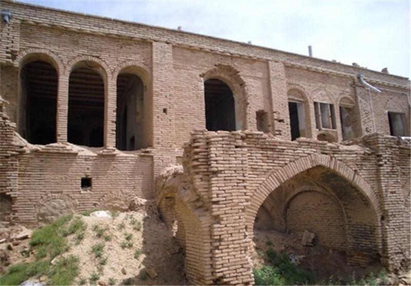 شهرستان گیلانغرب 300 اثر تاریخی ثبت شده دارد