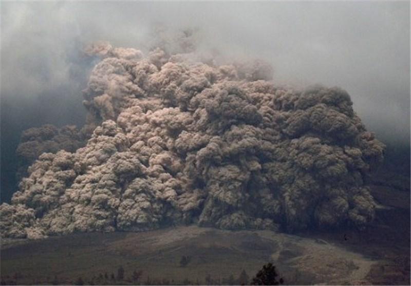 اعلان وضعیت قرمز در پی فوران آتشفشان در اکوادور