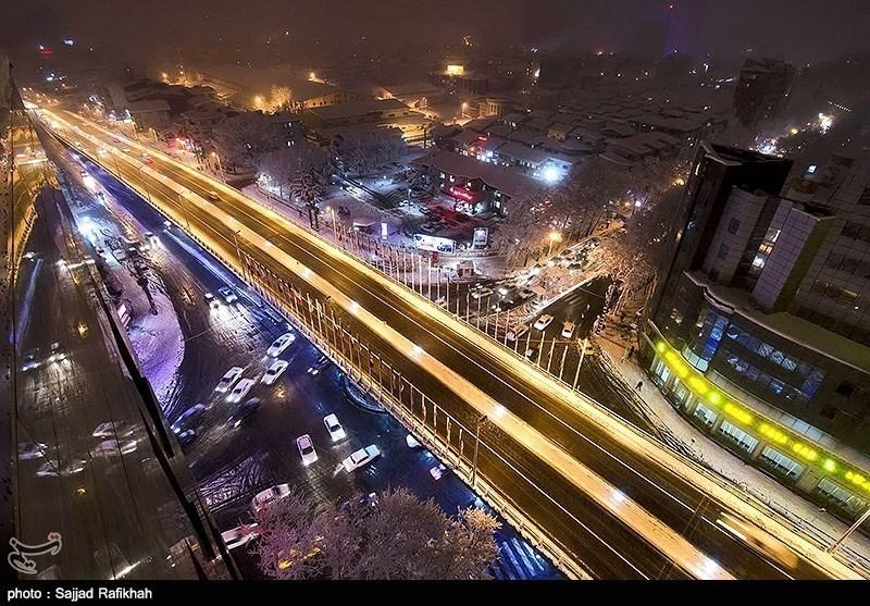 Heavy Snowfall Slams Northern Iran