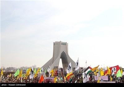 رئیس الجمهوریة یشارک فی مسیرات 22 بهمن