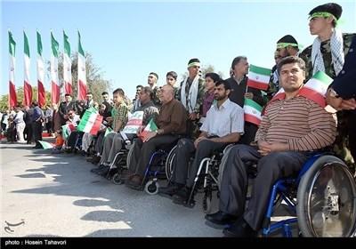 مسیرات 22 بهمن فی جزیرة کیش