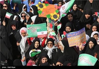 مسیرات 22 بهمن فی خرمشهر و زاهدان