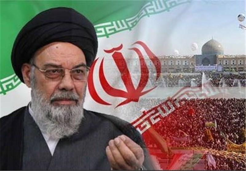 """امام جمعه اصفهان: مقاومت مسلمانان و """"حمایت از فلسطین"""" نابودی اسرائیل را رقم میزند"""