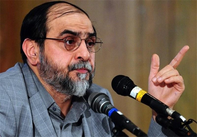 برخی حزباللهیهای دهه 60 چهار کتاب را بدون نقد خواندند و لیبرال دهه 90 شدند
