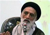 همدان| عضو مجلس خبرگان رهبری: نباید در مورد حقوقهای نجومی اغماض شود