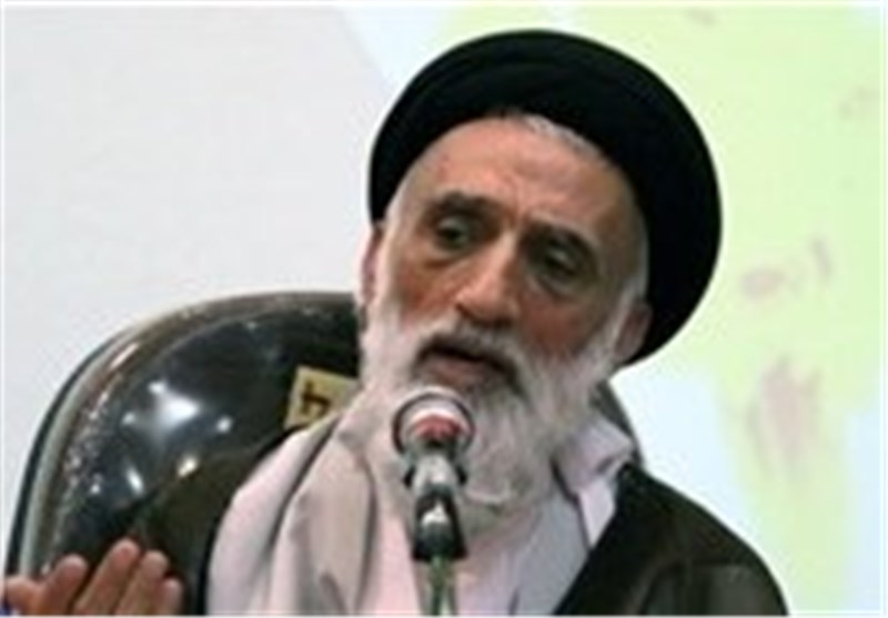 همدان  عضو مجلس خبرگان رهبری: نباید در مورد حقوقهای نجومی اغماض شود
