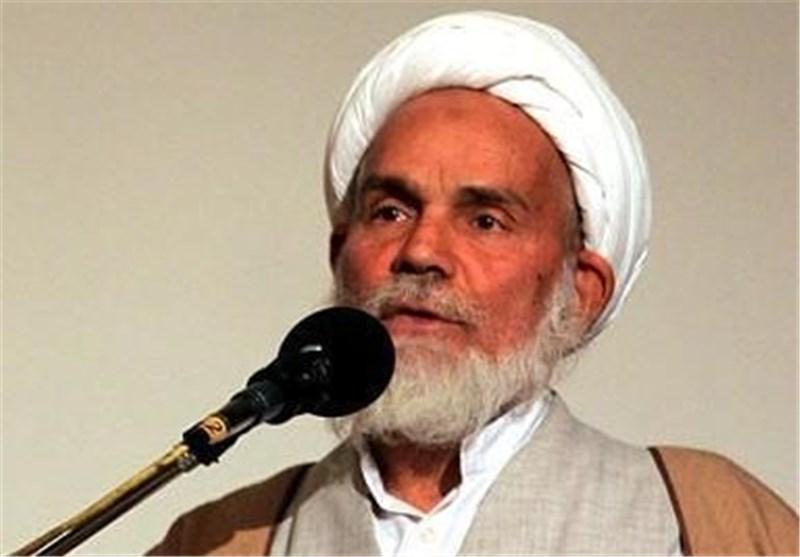انتقاد امام جمعه شهرکهای غرب شیراز از ناهنجاریهای اجتماعی؛ شیوه برخورد با جوانان تعقلی باشد