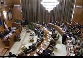 تشنج در جلسه علنی شورای شهر تهران به خاطر مخالفت حافظی با ساخت بیمارستان هسته ای