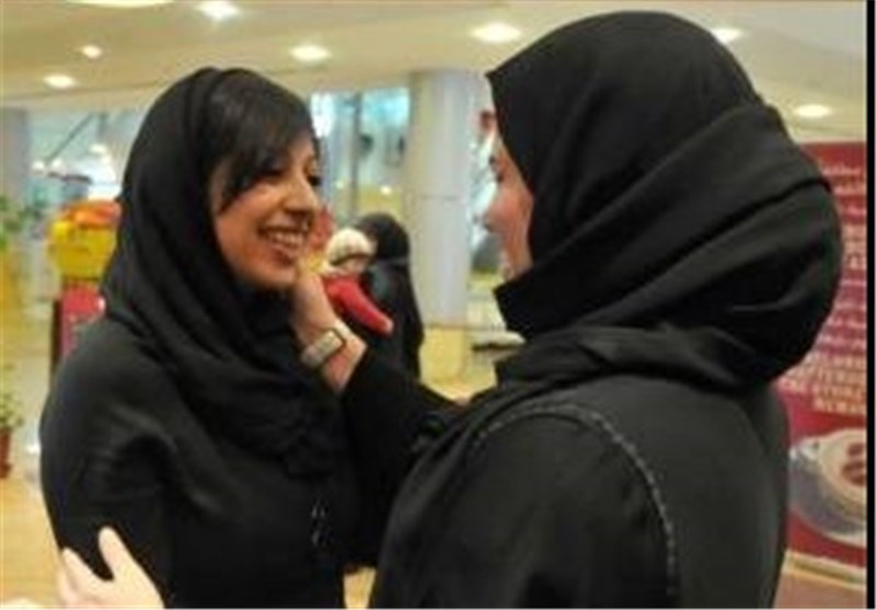 إخلاء سبیل زینب الخواجة... وتأجیل قضیتها لـبدایات الشهر القادم