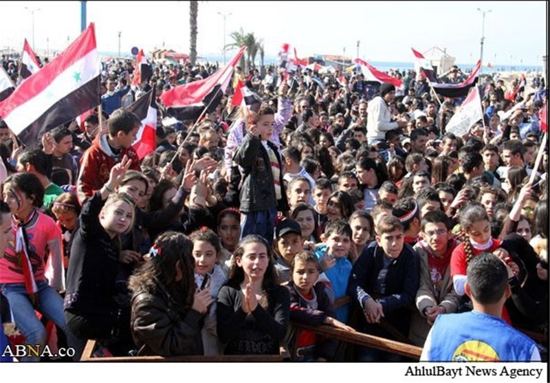 Massive Syrians Rally in Support of President Assad