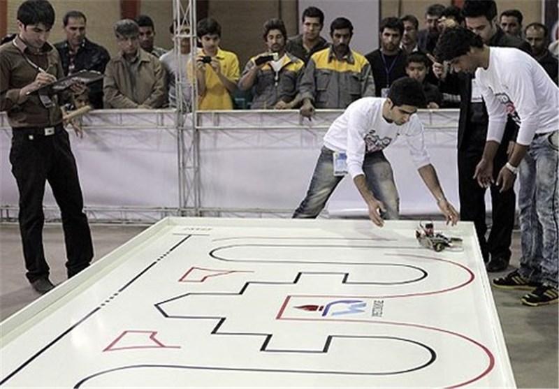 نخستین دوره مسابقات رباتیک در شهرستان سقز برگزار شد