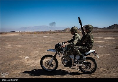 Basij Forces Hold Drills in Central Iran