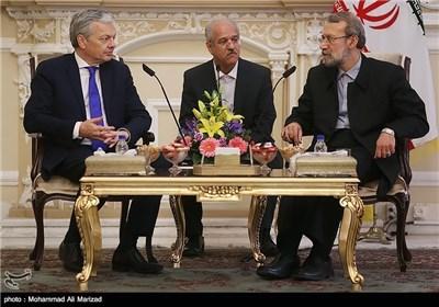 لاریجانی یستقبل وزیرخارجیة بلجیکا دیدیر ریندریز