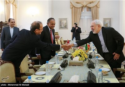 Singapore's FM Meets Iranian Counterpart, Parliament Speaker