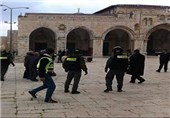 Israeli Police Clash with Protesters at Al-Aqsa Mosque