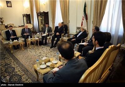 ظریف : التعاون بین ایران ومنظمة شانغهای یؤدی الی تعزیز المنظمة