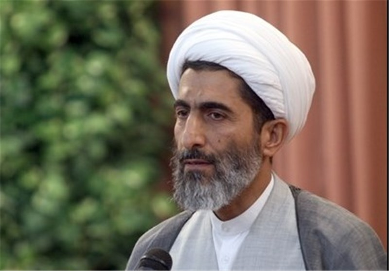 حجتالاسلامصادقی: خرید کالای ایرانی موجب رونق خانه و کارخانهها خواهد شد