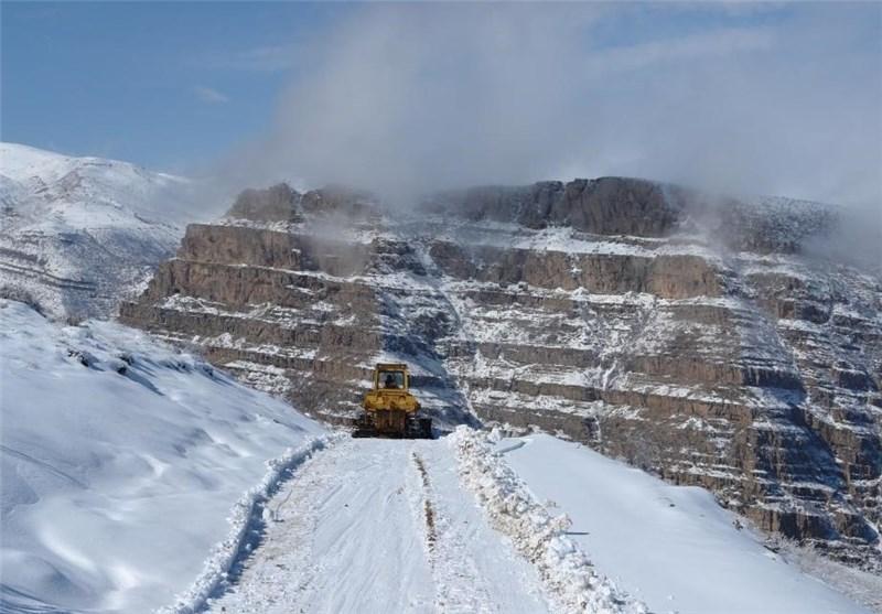 تونل برفی ازنا زیباترین جلوه کوهستانی لرستان