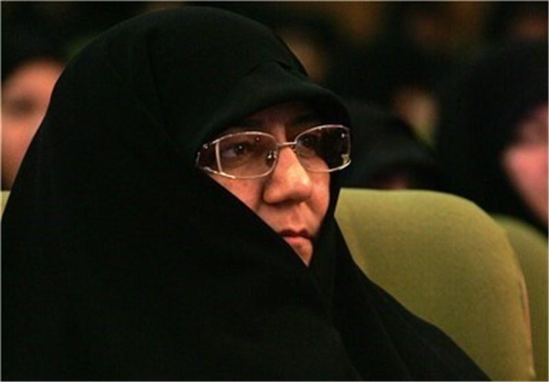 واکنش رئیس بسیج جامعه زنان کشور به پوششهای نامتعارف زنان در یک برنامه دولتی