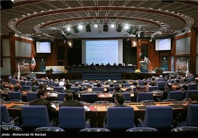 """المؤتمر الدولی """"دور العالم الاسلامی فی هندسة القوى العالمیة"""" ینهی أعماله"""