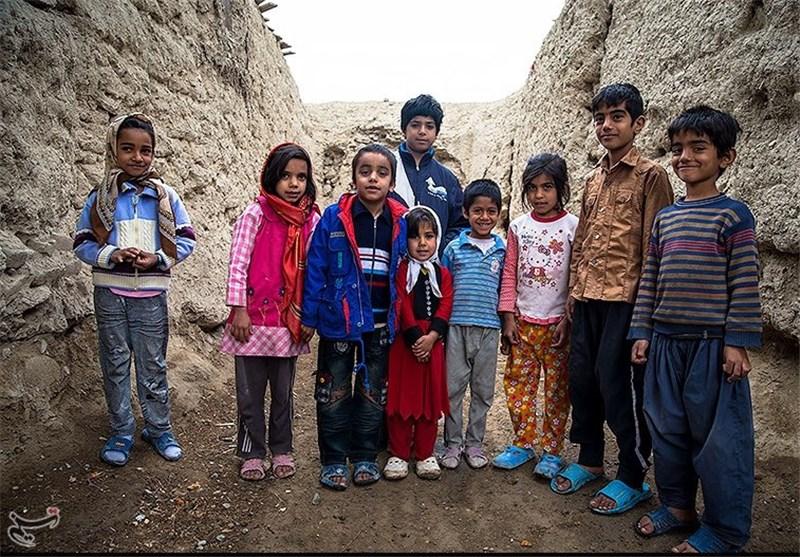 دغدغه نان و هویت؛ مهر 93 چند کودک از مدرسه محروم میشوند؟