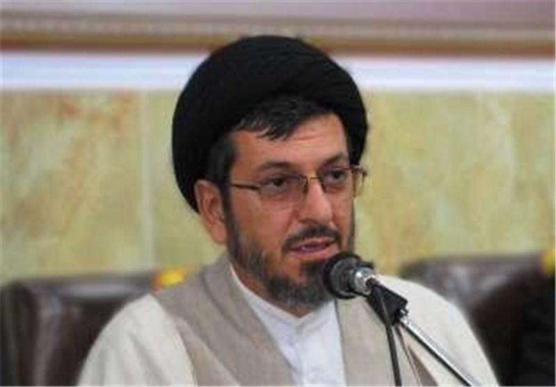 انقلاب اسلامی مردم را برای دفاع از ارزشهای دینی و ملی متحد کرد