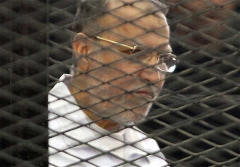 العریان ینال أول حکم براءة لقیادی بالإخوان.. وترحیل قضیة المقطم إلى 29 آذار