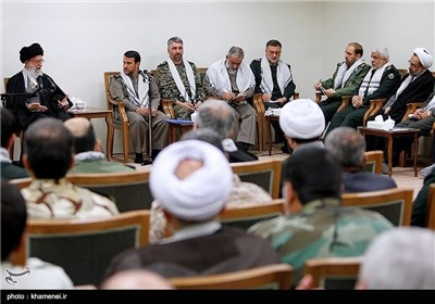 الامام الخامنئی : قضیة فلسطین لازالت حیة ونابضة رغم مؤامرات الاستکبار