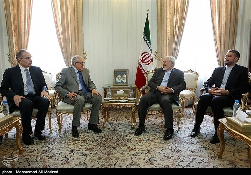 FM Reiterates Iran's Support for Efforts to End Crisis in Syria