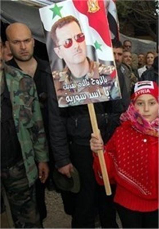 مسیرات واسعة النطاق لأهالی مدینة حمص دعما للجیش السوری