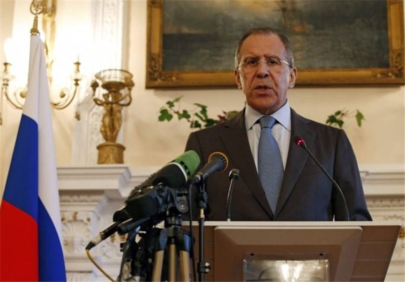 Kerry Meets Russia's Lavrov for Ukraine Talks